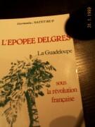 Daniel cassany tras las líneas sobre la lectura contemporánea